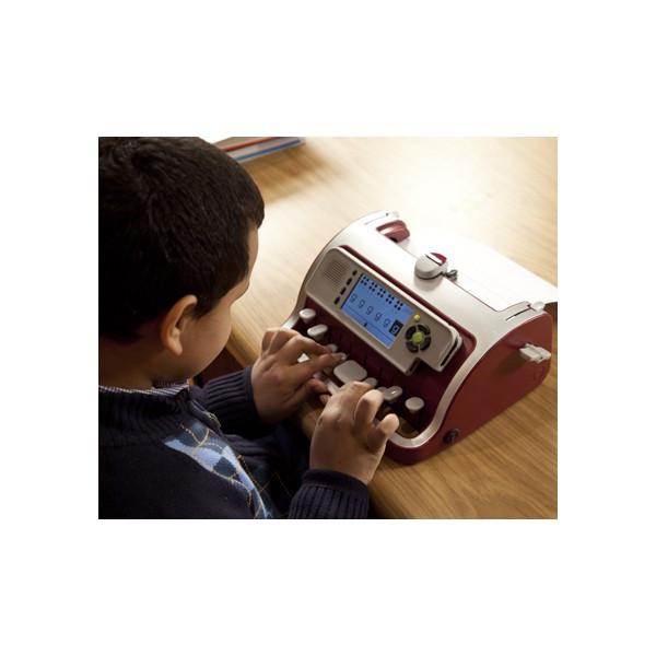 Machine à écrire le braille SMART Brailler fabriquée par Perkins